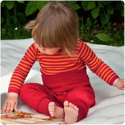 Цветное белье из шерсти и шелка